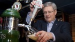pm-stephen-harper-beer-  (4)